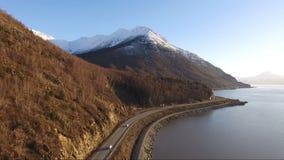 Turnagain-Arm-Koch Inlet Gulf von Alaska-Landstraße 1 Chugach-Bergen stock video