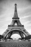 Turnera Eiffel i svartvitt Royaltyfri Bild