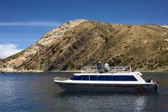 Turnera fartyget på Isla del Sol (ön av solen) i sjön Titicaca, Bolivia Royaltyfria Bilder