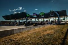 TurnpikeInterchanbge ingång i Harrisburg PA royaltyfri fotografi