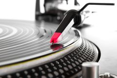 Turntable playing vinyl with music Royalty Free Stock Photos