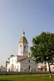 Turov,白俄罗斯- 2013年6月28日:Turov 2013年6月28的圣徒西里尔和Lavrenti日大教堂在Turov镇,白俄罗斯 免版税图库摄影