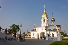 Turov,白俄罗斯- 2013年6月28日:Turov 2013年6月28的圣徒西里尔和Lavrenti日大教堂在Turov镇,白俄罗斯 库存图片