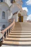 Turov, Wit-Rusland - Augustus 7, 2016: Kathedraal van Heiligen Cyril en Lavrenti van Turov 28 Juni, 2013 in de stad van Turov, Wi Royalty-vrije Stock Foto's