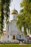 Turov, Wit-Rusland - Juni 28, 2013: Kathedraal van Heiligen Cyril en Lavrenti van Turov 28 Juni, 2013 in de stad van Turov, Wit-R Stock Foto's