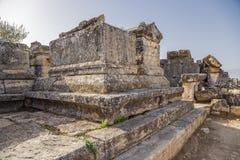 Turquía Hierapolis (Pamukkale) Entierro en la necrópolis antigua Imágenes de archivo libres de regalías