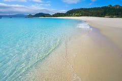 Turquesa de la playa de las islas de Islas Cies cerca de Vigo Galicia fotografía de archivo