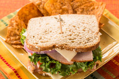 Turquia e Ham Healthy Lunch Sandwich no pão integral Fotos de Stock Royalty Free