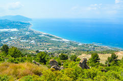 Turquia Em junho de 2015 Vista das montanhas na costa de Alanya para Gazipasa imagens de stock