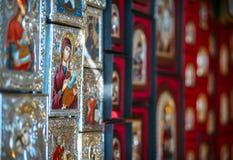 Turquia, Ephesus - 10 de julho de 2014 lembranças religiosas na casa Fotos de Stock