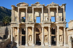 Turquia, Izmir, teatro da coluna do grego clássico de Bergama Fotografia de Stock Royalty Free