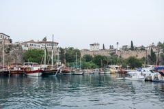 Turquia, manavgat, cidade velha, porto fotos de stock