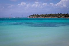 Turquoise and crystal clear sea in Guadeloupe, Sainte-Anne bay and beach Royalty Free Stock Photos