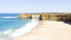Turquoise ocean and beach along great ocean road way at Australi Royalty Free Stock Photography