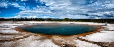 Turquoise pool Yellowstone Stock Photography