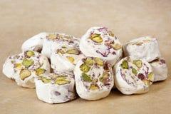 Turrón - persa con los pistachos Foto de archivo libre de regalías