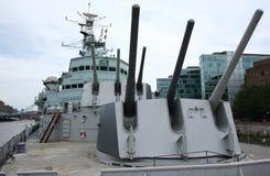 Turrents de la cubierta y del arma del HMS Belfast Fotografía de archivo
