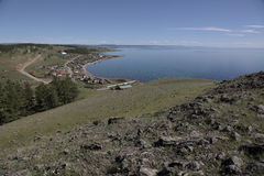 Turt村庄在湖Hovsgol岸的  免版税图库摄影