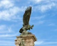 Turul-Vogelstatue, königliches Schloss, Budapest, Ungarn lizenzfreie stockfotografie