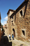 Turyści średniowieczny miasto Caceres, Extremadura, Hiszpania Zdjęcie Royalty Free