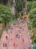 Turyści Chodzą w górę schodków Batu Zawalają się w Malezja Obraz Royalty Free