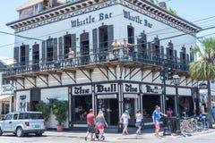 Turyści Chodzi na Duval ulicie, Key West zdjęcia stock