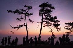 Turyści fotografują wschód słońca Obrazy Royalty Free