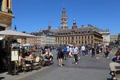 Turyści na miejscu Du Generał de Gaulle w Lille, Francja Obraz Stock
