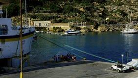 Turyści oczekuje ich dzień wycieczkę obraz stock