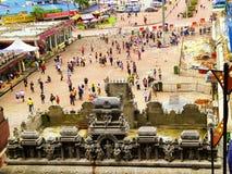 Turyści podróżuje Batu Zawalają się Zdjęcie Stock