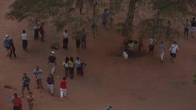 Turyści przy Bagan kompleksem zdjęcie wideo