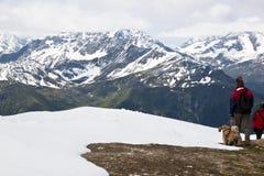 Turyści przy górą Schareck, Carinthia, Austria zdjęcie stock