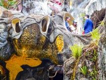Turyści w przemianie między pokojami popularni hotele w Dalat, Wietnam Obraz Stock