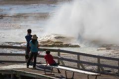 Turyści w Yellowstone Obrazy Stock