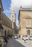 Turyści bada Mdina na Malta Fotografia Stock