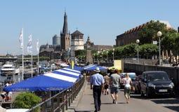 Turyści odwiedza Dusseldorf Zdjęcia Stock