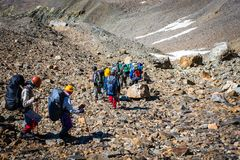 Turyści w Kaukaskich górach Obrazy Stock