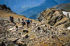 Turyści w Kaukaskich górach Zdjęcia Royalty Free