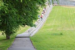 Turyści w parku Zdjęcia Stock