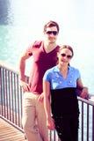 Turyści Zwiedza W Dubaj Zdjęcia Royalty Free