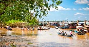 Turysta łodzie w Ben Tre, Mekong delta, Wietnam Obraz Stock
