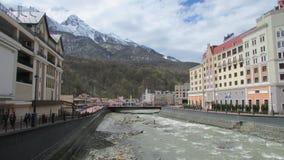 Turysta powikłany Rosa Khutor i sporty, Sochinka rzeka obrazy stock