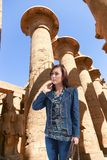 Turysta przy Luxor, Egipt - fotografia royalty free