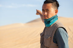 Turysta w pustyni obrazy stock