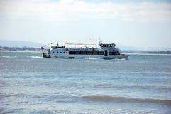 Turystyczna łódź na Tagus rzece Zdjęcie Stock