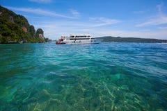Turystyczna łódź Obrazy Stock