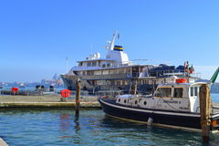 Turystyczne łodzie, Wenecja Zdjęcie Stock