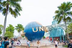 Turystyczni visite universal studio Singapur przy Sentosa wyspą, Singapur Obrazy Royalty Free