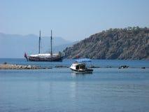 Turystyczny jacht blisko Phaselis, Antalya region, Turcja Obrazy Stock