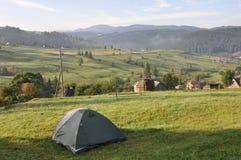 Turystyczny namiot w obozie Obrazy Stock